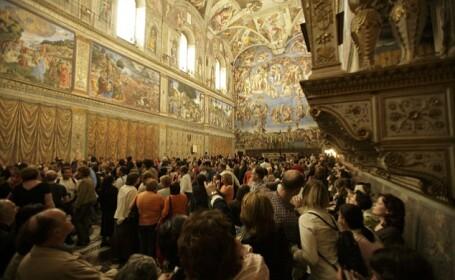 Turistul a devenit cea mai mare problema pentru Capela Sixtina. Vaticanul, in fata unei decizii dure