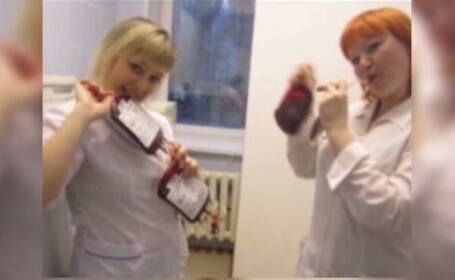 Cu pungi de sange in mana si prefacandu-se ca resusciteaza pacienti. Pozele unor asistente rusoaice