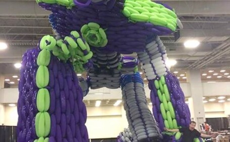 Optimus Prime - sculptura din baloane