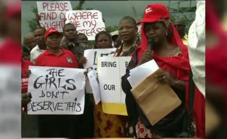 200 de fete, rapite de o grupare extremista islamista din Nigeria. Liderul a transmis ca le va vinde cu 12 dolari fiecare