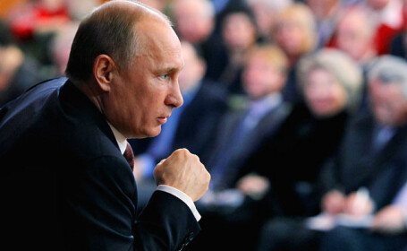 Rusia, Belarus si Kazahstan vor forma Uniunea Economica Eurasiatica. Vladimir Putin pune bazele rivalului UE