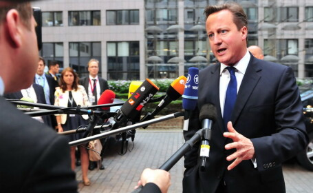 David Cameron agita spiritele la Summitul de la Bruxelles: \