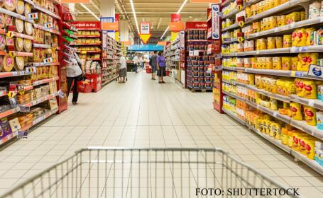 cu cosul in hypermarket FOTO SHUTTERSTOCK