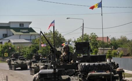 Marsul Cavaleriei - vehicule militare americane merg de la M. Kogalniceanu la Cincu