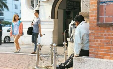 Barbatul din Taiwan care si-a dat intalnire cu o femeie si o asteapta in acelasi loc, de 40 de ani
