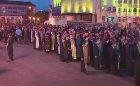 Procesiuni cu mii de oameni, in mai multe orase, de Sfintii Constantin si Elena. 1,8 milioane de romani si-au serbat numele