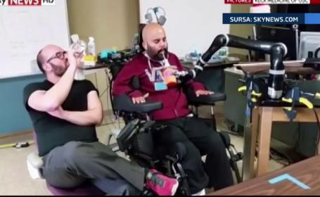 Inventia care schimba viata oamenilor cu dizabilitati. Bratul bionic, testat cu succes pe un tanar paralizat de la gat in jos