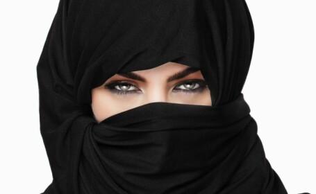 Un partid din Germania cere interzicerea burkai si a minaretelor. \