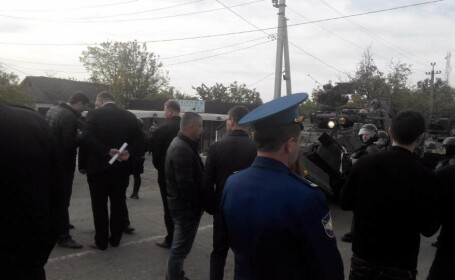 Pro-rusii au incercat sa-i opreasca pe soldatii americani sa treaca din Romania in Moldova. Cum s-a rezolvat incidentul