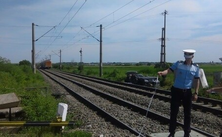 masina lovita tren