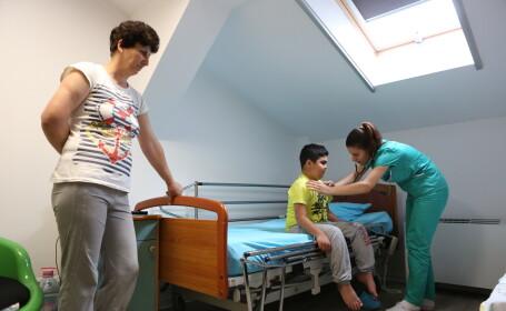 Cum ii puteti ajuta pe copiii care sufera de boli incurabile. O zi de tratament costa 80 de euro in cazul lor