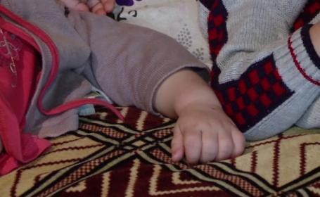Un barbat din Bacau este acuzat ca si-a violat copilul in varsta de un an. Vecina: \