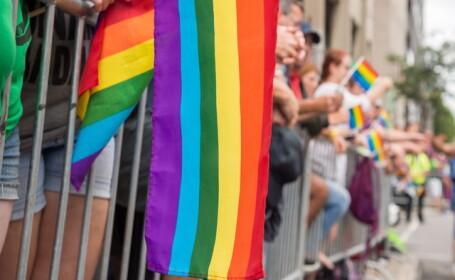 31 de ambasadori se opun Coalitiei pentru Familie. Mesajul transmis de Ziua impotriva Homofobiei
