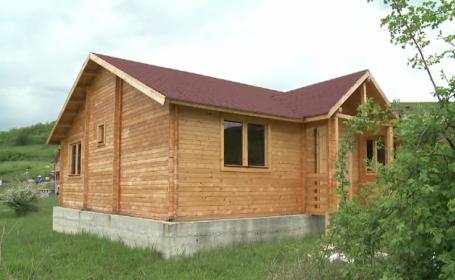 Casele de vacanta din lemn castiga tot mai mult teren. Pot fi montate oriunde, sunt usor de mutat si nu costa foarte mult