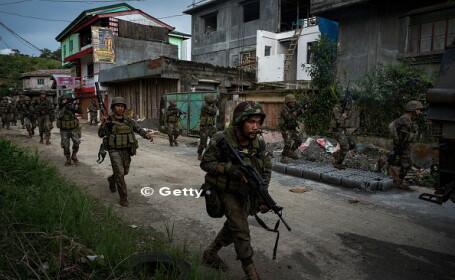 2000 de civili, prinsi in zonele controlate de militanti islamisti in Marawi, Filipine. Bilantul mortilor se ridica la 100