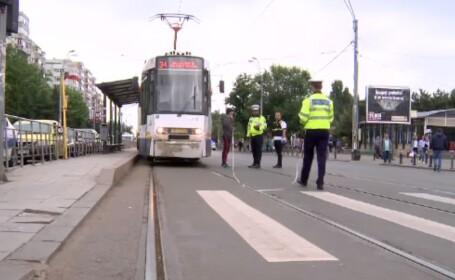 lovita de tramvai