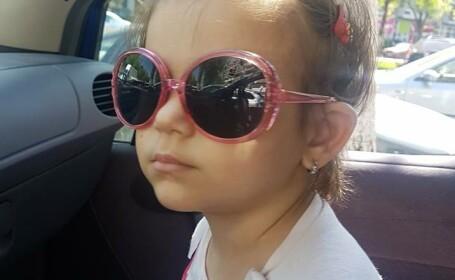 """Povestea Dariei, o fetiță de trei ani care luptă cu leucemia: """"Este cumplit să îţi vezi copilul plângând de durere"""""""