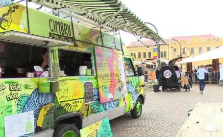 Caravanele cu mâncare, tot mai populare. Provocările cu care se confruntă bucătarii