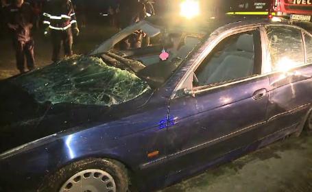 Răsturnare de situație în cazul tinerelor care au căzut în lac cu mașina. Cine s-ar fi aflat la volan