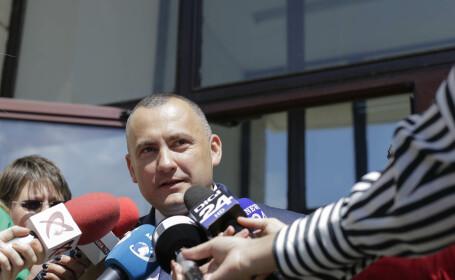 Parchetul General: Onea şi Negulescu au constrâns o persoană să întocmească în fals o sesizare