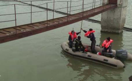Trupul tânărului dispărut în apele lacului Viștea, găsit de echipajele de căutare