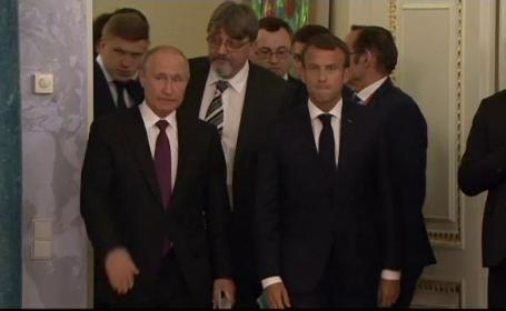 Macron si Putin