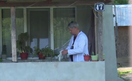 Caz șocant în Dâmbovița. Un bărbat a fost găsit fără suflare în curtea casei