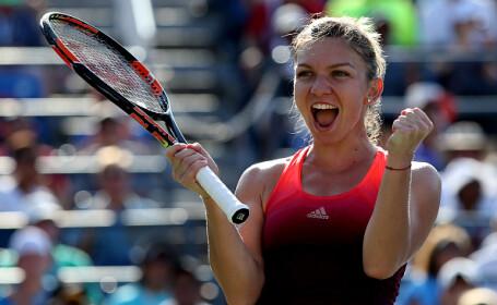 Simona Halep a trecut de primul tur la Roland Garros, cu scorul 2-6, 6-1, 6-1