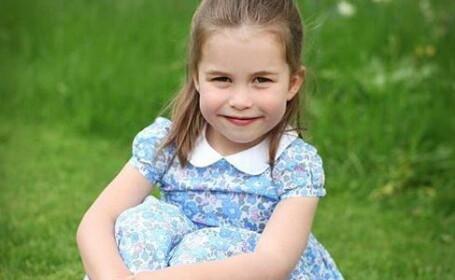 Prinţesa Charlotte a făcut 4 ani. Fotografiile surprinse chiar de mama ei, Kate
