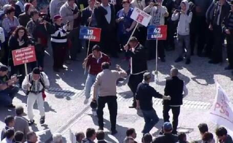 VIDEO Cum s-au distrat PSD-iștii la mitingul de la Iași înainte de sosirea lui Dragnea
