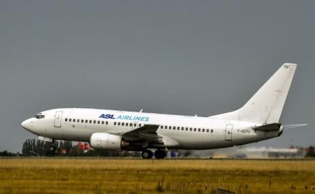 Panică printre pasageri, după ce avionul lor a fost lovit de fulger