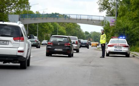 Șoferi care transportau buletine de vot la secțiile din Capitală, prinşi băuţi de polițiști