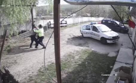 Un vasluian ar fi fost bătut de 3 ori de poliție în aceeași zi. Imagini cu agresiunile