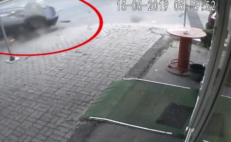 Accident surprins de camere în Pitești