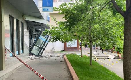 Bancomat aruncat în aer, pe un bulevard din Capitală. Explozia s-a auzit în tot cartierul
