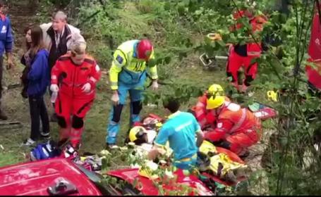 Autocar cu 60 de persoane răsturnat în Italia. Printre pasageri, mai mulți români