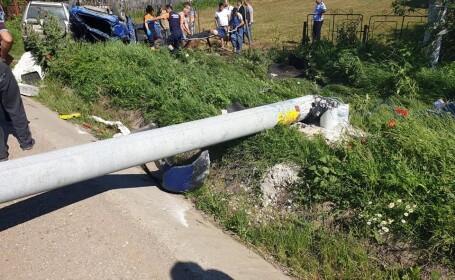 Trei tineri au murit după ce mașina lor s-a izbit de un stâlp, în Giurgiu