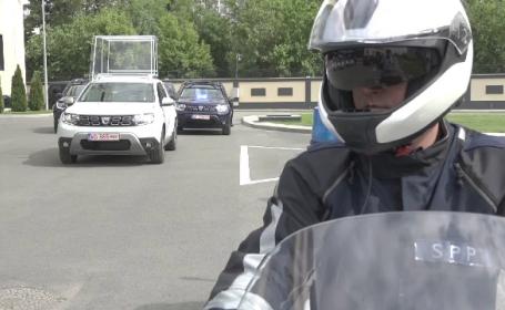 Cum arată primul Papamobil românesc. Istoria mașinii din care Papa Francisc salută mulțimea