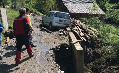 34 de localităţi din 12 judeţe, afectate de viituri şi inundaţii în ultimele 24 de ore