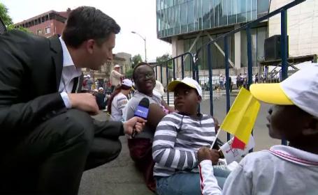 """Oameni din toate colțirile lumii, la București pentru vizita Papei: """"E trimisul lui Dumnezeu"""""""