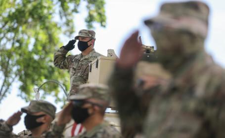 Americanii care au supraviețuit coronavirusului nu mai au voie să se înroleze în armată