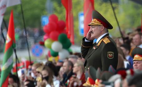 Paradă militară cu zeci de mii de participanți, în plină pandemie. Unde a fost posibil acest lucru