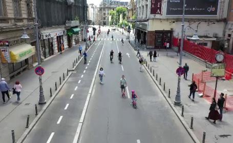 Centrul Capitalei, plin de oameni ieșiți la plimbare. Cum a decurs prima zi în care traficul a fost oprit