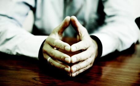 Mărimea contează. Bărbații cu degete inelare mai lungi au șanse mai mici să moară de coronavirus