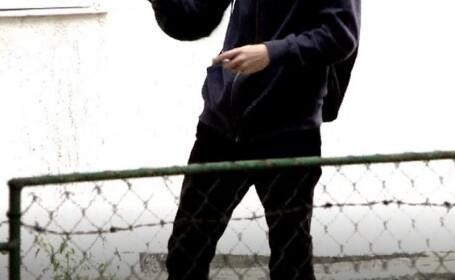 Imagini revoltătoare în Neamț. Un adolescent este agresat sexual pe stradă, fără ca nimeni să intervină