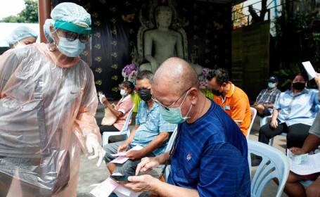 Catastrofă în India. Ce fac bogații pentru a scăpa de criza sanitară