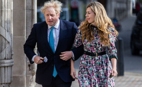 Boris Johnson, anchetat pentru vacanța de lux petrecută cu logodnica. Cine a achitat nota de plată