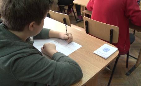 Elevii de clasa a VI-a au susținut prima probă la Evaluarea Națională. Cât de importante sunt rezultatele