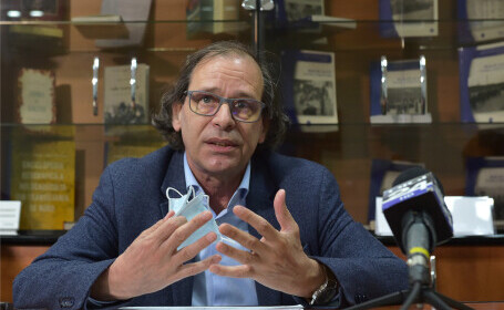 Prof. univ. dr. Alexandru Florian