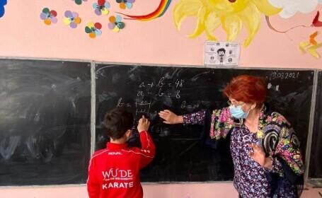 Școala românească a fost prinsă complet pe nepregătite de pandemie. Învățământul online, un experiment eșuat